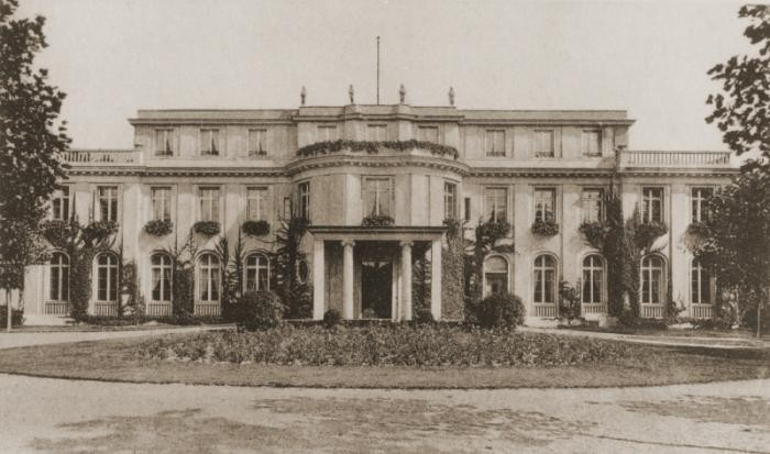 https://encyclopedia.ushmm.org/content/en/article/wannsee-conference-and-the-final-solution