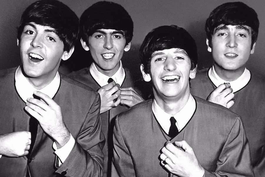 Όταν οι Beatles τραγούδησαν Μίκη Θεοδωράκη