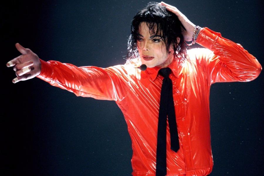 Έτσι θα έμοιαζε ο Michael Jackson χωρίς τις πλαστικές εγχειρήσεις