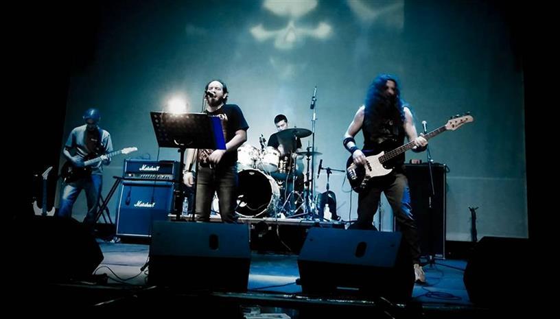 Οι40 The Band στην σκηνή του ΓυάλινουUpstage