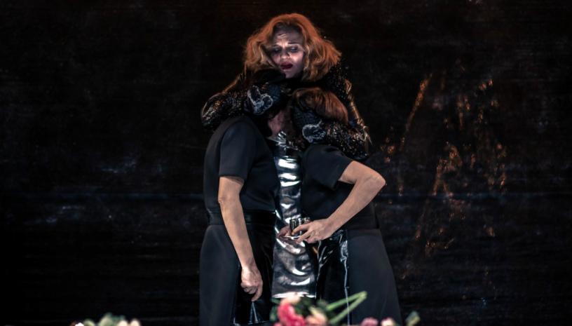 Οι «Δούλες» του Ζαν Ζενέ στη σκηνή του Υπογείου στο Θέατρο Τέχνης Καρόλου Κουν