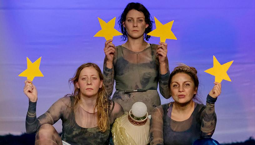 «Eurexit» του Κώστα Παπακωστόπουλου στο Ελληνογερμανικό Θέατρο