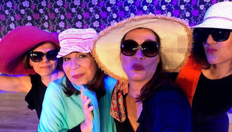 H Γυναικα LOSER της Βίλης Σωτηροπούλου συνεχίζει τις παραστάσεις της