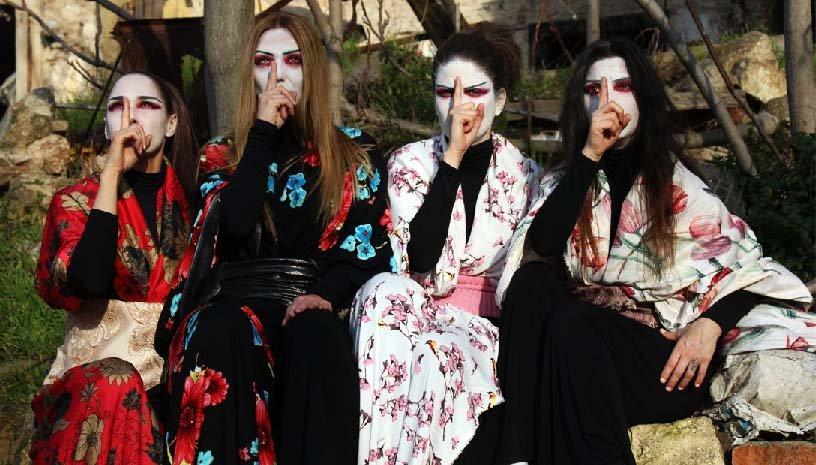 Ιστορίες Φαντασμάτων από την Ιαπωνία του Λευκάδιου Χερν Θεατρική Ομάδα Κωφών -Τρελά Χρώματα