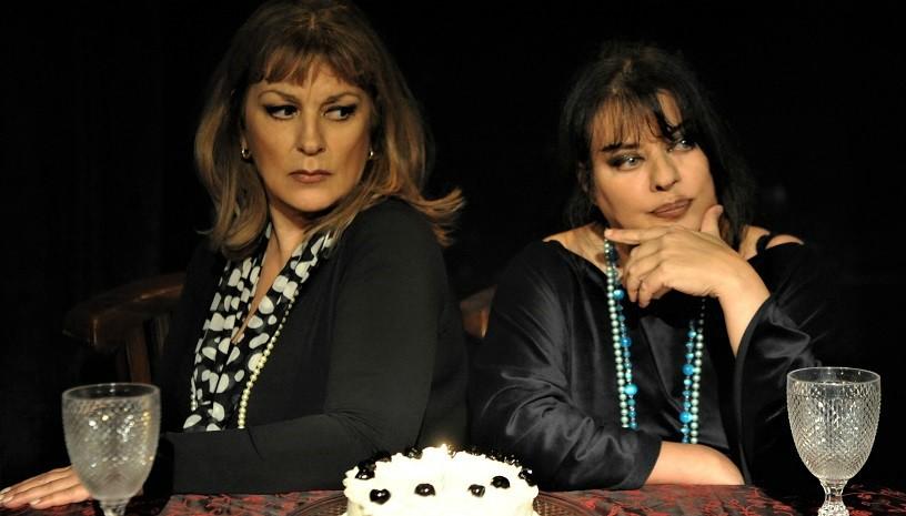 Ο Ένοικοςτης Αννας Παντζέλη για δεύτερος χρόνο στο θέατρο Αλκμήνη