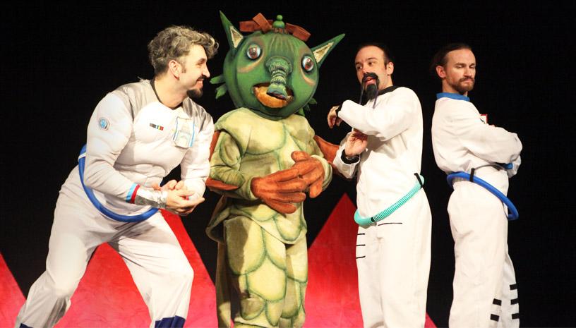 «Οι Τρεις Κοσμοναύτες» του Ουμπέρτο Έκο έρχονται στο θέατρο Γκλόρια
