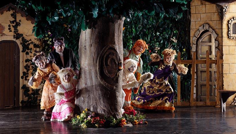 Ο Κήπος με τις 11 Γάτες στο Θέατρο Κνωσσός