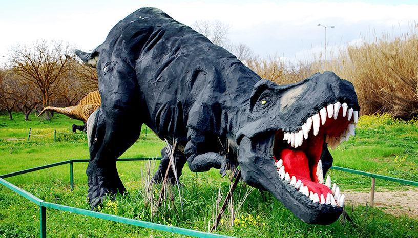 Το Πάρκο Δεινοσαύρων είναι ένα ταξίδι στην προ-ιστορία