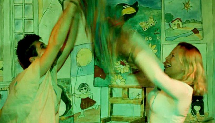 Το Πολύχρωμο Παραμύθι είναι μια παιδική παράσταση που όλοι πρέπει να δουν!
