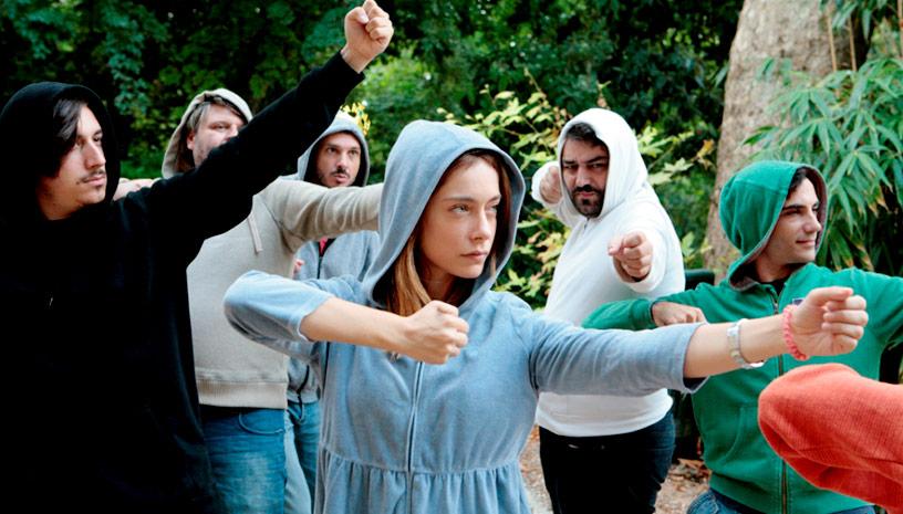 Ο πασίγνωστος μύθος του «Ρομπέν των Δασών» στο Θέατρο Τέχνης