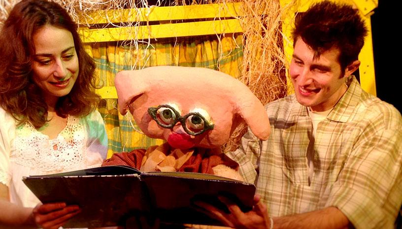 «Τα Τρία Γουρουνάκια» μια διαδραστική παράσταση για μικρούς θεατές!