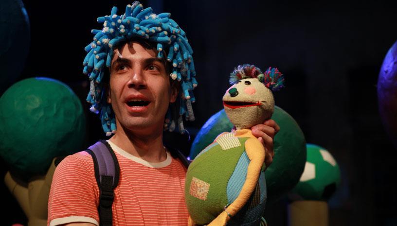 «Το Αγόρι με τα Μπλε Μαλλιά» για 3η χρονιά στο Θέατρο Φούρνος